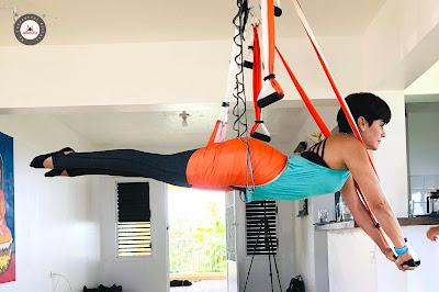 yoga aereo, aeroyoga, rafael martinez, libro, prensa, tendencias, belleza, ejercicio, bienestar, el arte del aeroyoga, cursos, formacion, certificación