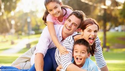Pengertian Cerpen Keluarga Lengkap dengan Contohnya | Bahasa Indonesia SMP