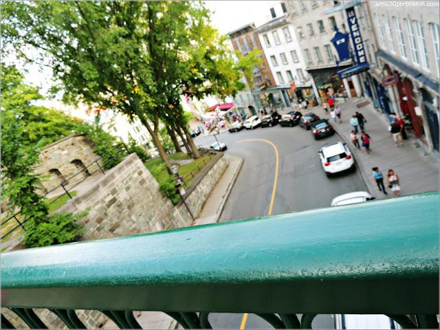 Côte de la Montagne, una de las Calles con Cuesta del Viejo Quebec