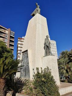 Sagunto, Sagunt. Monumento a D. José Romeu y Parras.