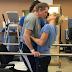 Το φιλί ενός ζευγαριού έγινε viral και κρύβει την πιο συγκινητική ιστορία