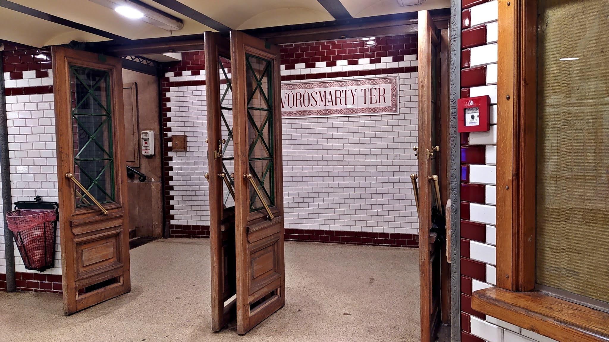 Budapeszt na weekend atrakcje metro