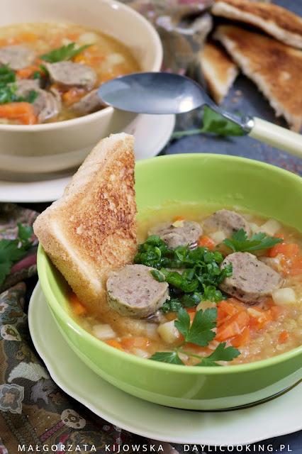 zupa soczewicowa, co zrobić z soczewicy, czy soczewicę trzeba moczyć, soczewica czerwona, daylicooking