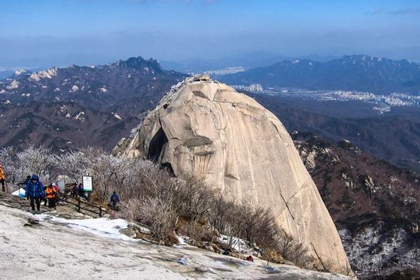 taman nasional bukhansan, wisata korea
