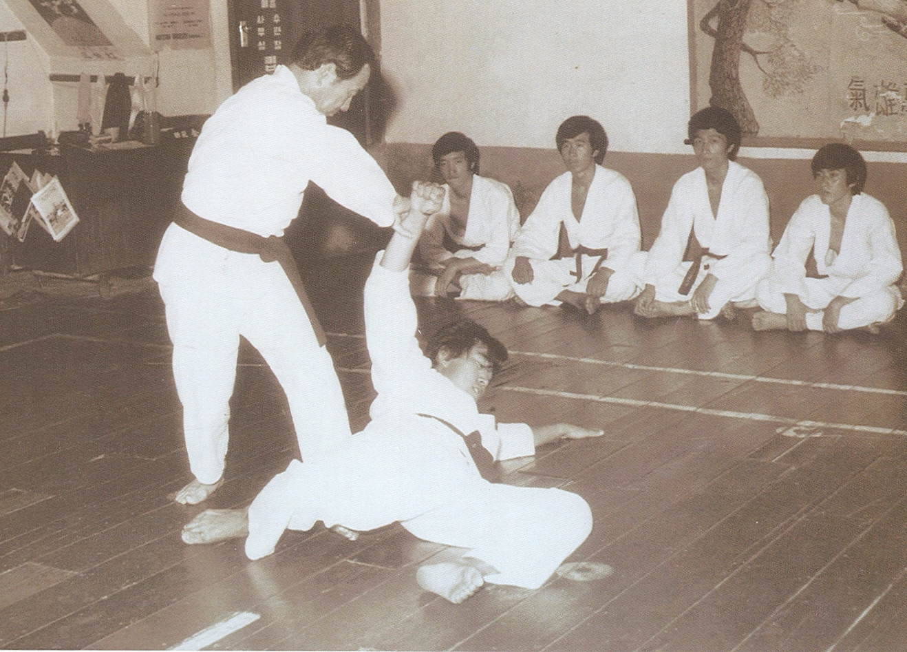Traditional taekwondo ramblings taekwondo and jointlocks a i am not sure when the picture above was taken but it does show that the founder of song mu kwan ro byung jik taught grappling techniques as well as the fandeluxe Images