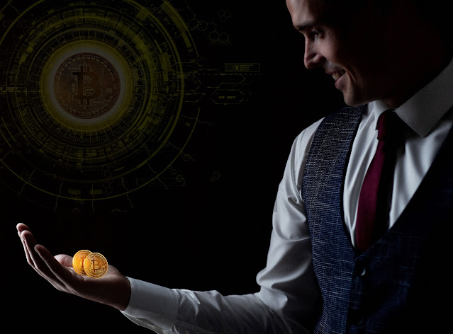 What are the key benefits of adopting the use of bitcoins?