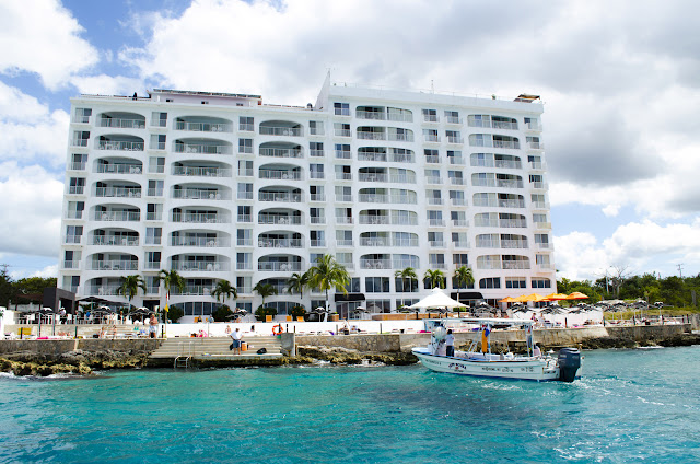 Coral Princess is a 5-Star hotel in Cozumel, Mexico with amazing Cozumel diving packages and deals and a privileged beachfront location. Book online here!