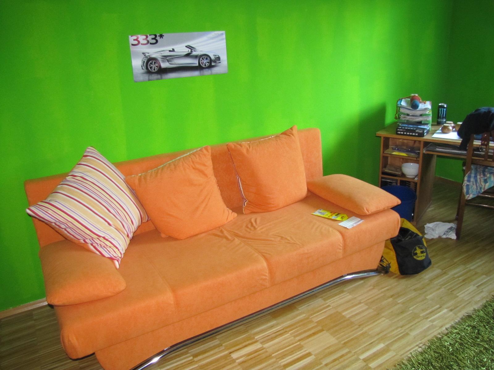 gartenzwergs tun gr n oder was eine wand schon alles erlebt hat. Black Bedroom Furniture Sets. Home Design Ideas