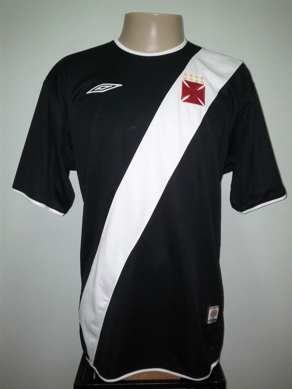 Na Sul-Americana de 2003 usamos camisa com número na frente e nome nas  costas  677a32e144a24