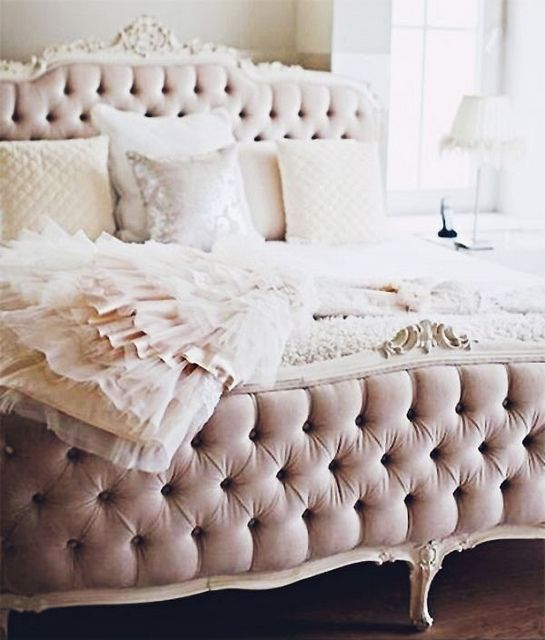 Lamb & Blonde: Oh-So-Pretty Bedrooms