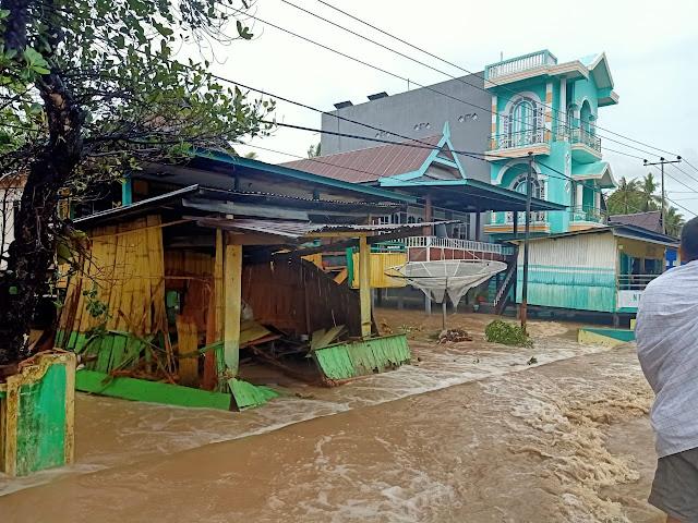 Banjir Soppeng Rengut Korban Jiwa