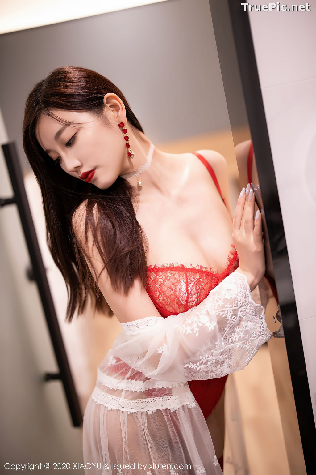 Image XiaoYu Vol.413 - Chinese Model - Yang Chen Chen (杨晨晨sugar)- Red Crystal-clear Lingerie - TruePic.net - Picture-24