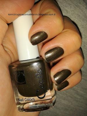 Comfort Zone Paleti-Basit Kahverengi Makyaj-Kahverengi Oje