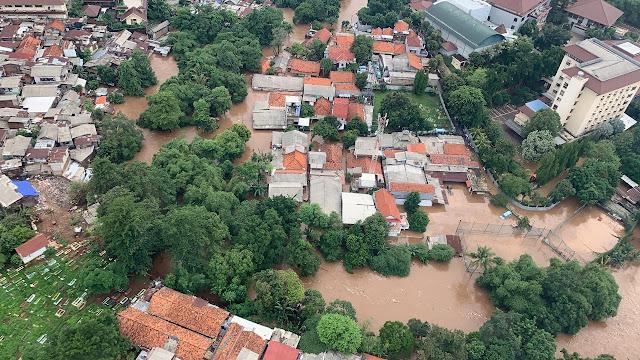 Warga Terdampak Banjir dan Longsor Jabodetabek Capai 409 Ribu, Kota Bekasi Paling Banyak