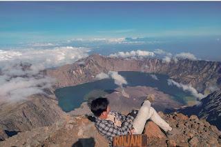 gunung rinjani pulau lombok