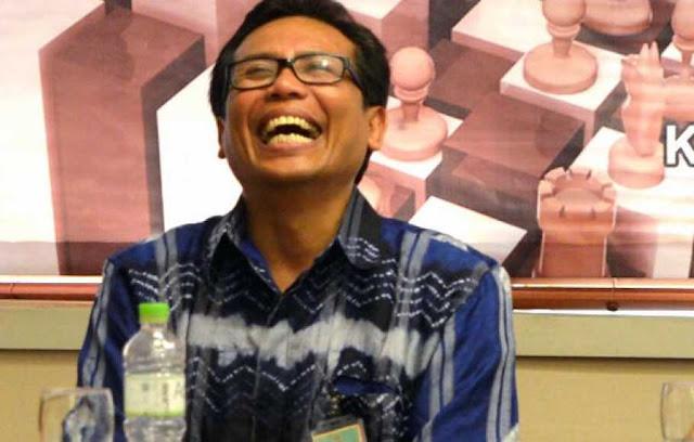 Walaupun Sebarkan Hoaks & Ada yang Laporkan, Polisi Pasti tak Tangkap Fadjroel Rachman