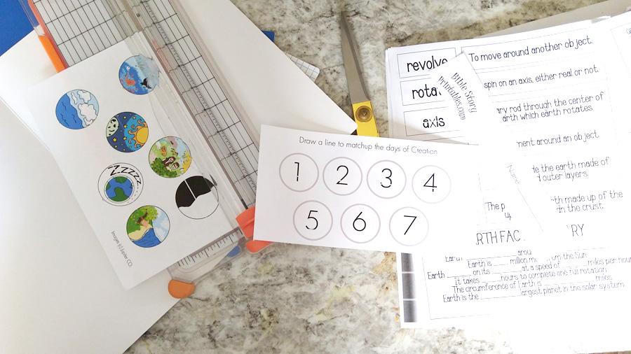 using free resources to create homeschool lapbooks