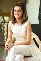Taapsee Pannu in cream Sleeveless Kurti and Leggings at interview about Anando hma ~  Exclusive Celebrities Galleries 013.JPG