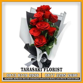 Hand Bouquet Bunga Tangan Untuk Pacar