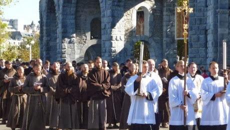 Capuchins+Morgon+France.jpg