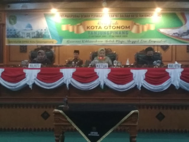 DPRD Bersama Pemko Tanjungpinang Tandatangani Nota Kesepakatan KUA-PPAS APBD 2021 Sebesar Rp 985,51 Miliar,-
