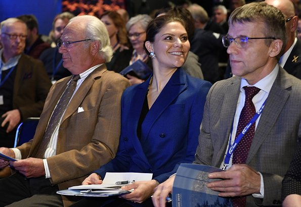 Crown-Princess Victoria wore RODEJBER Zoe Blazer