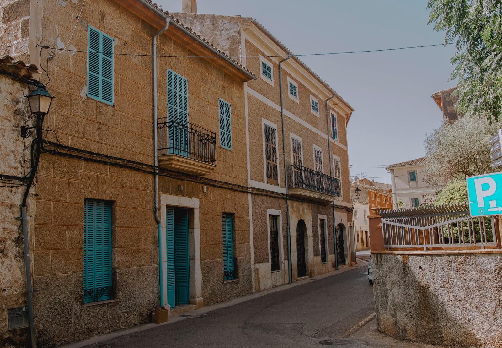 Alaro, miasto na Majorce