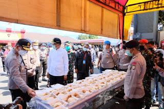 Kapolda Sulsel, Gubernur dan Pangdam Tinjau Dapur Lapangan Brimob Polda Sulsel
