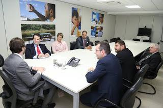 http://vnoticia.com.br/noticia/2917-em-agenda-em-brasilia-francimara-consegue-mais-recursos-para-implantacao-da-rede-de-esgoto