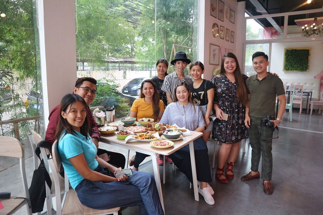 Davao Bloggers at Yolks Flower Cafe + Cupcakery's 3rd Anniversary