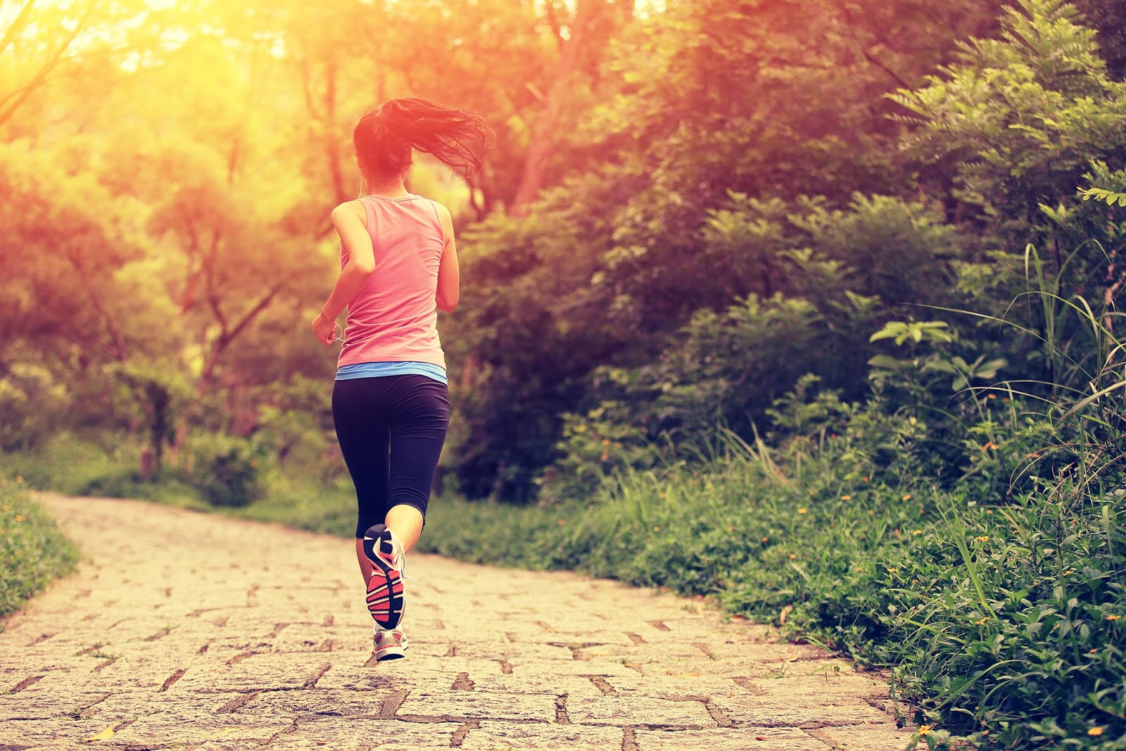 The benefits of a morning run extend beyond healthy living for features writer Davelle Lee - the adrenaline spike she gets from her 5am runs helps her be more productive.