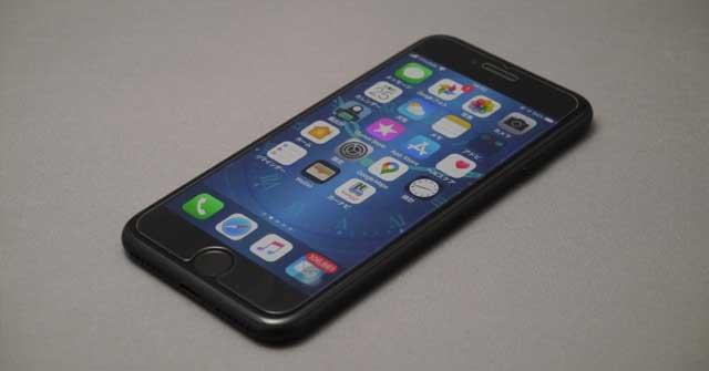 iPhoneSE2020タッチパネル側