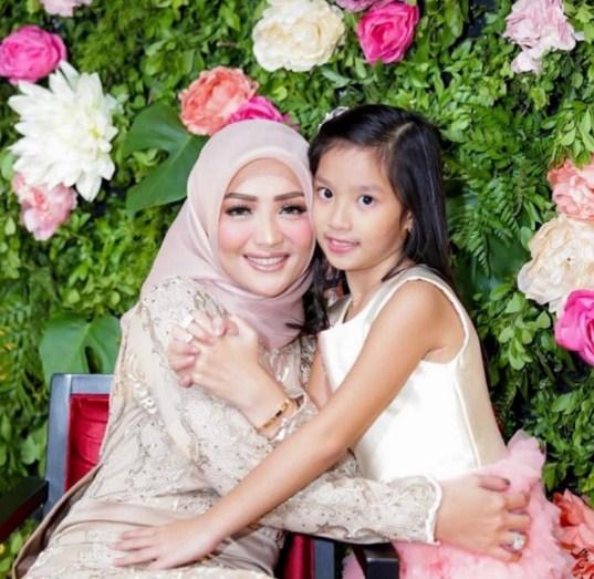 Imel Putri Cahyati mantan istri sirajudin