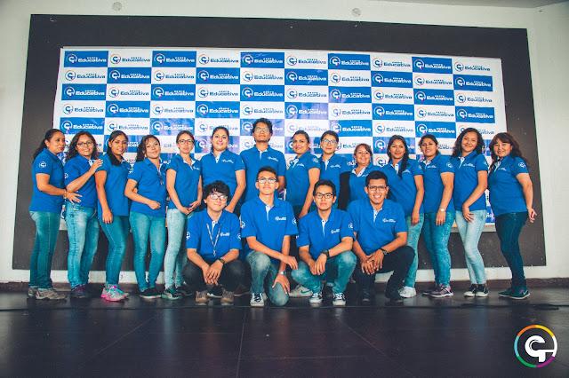profesores-staff-profesional-equipo-colaboradores-grupoeducativa-robotica-ninos-arequipa