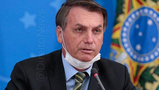 bolsonaro livra agente publico punicao oronavirus