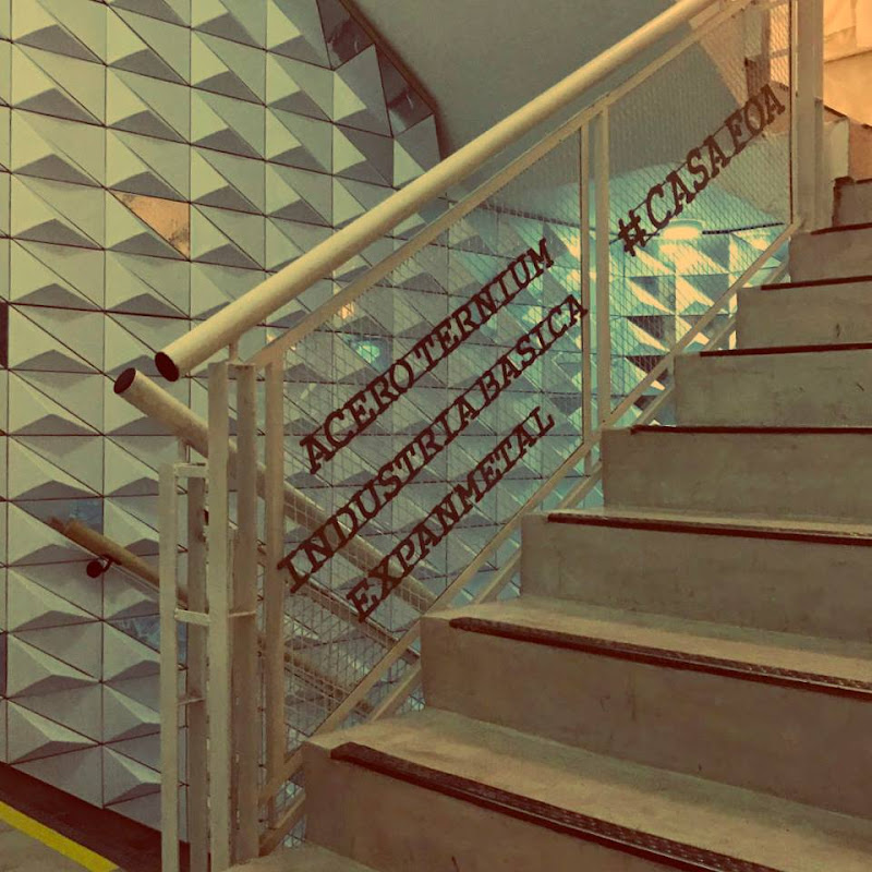 Casa FOA 2017: Escaleras de las Universidades Ternium by Industria Básica