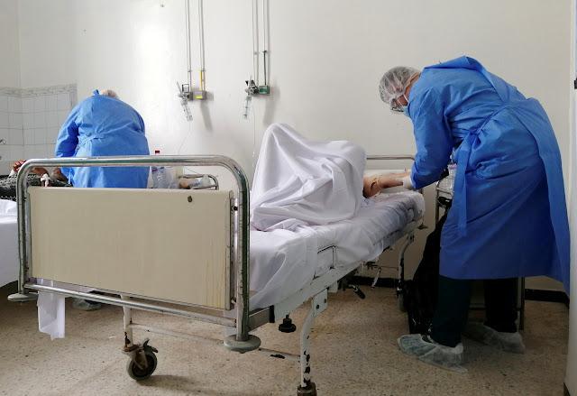 """مرضى بقسم الإنعاش يعانون من """"انقطاع الأوكسجين"""" وقضاء حاجتهم في ثيابهم"""