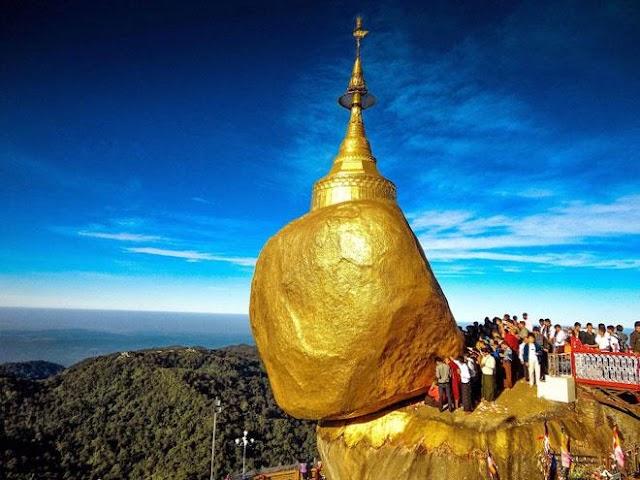 Kyaikhtiyo Pagoda: A masterpiece of nature
