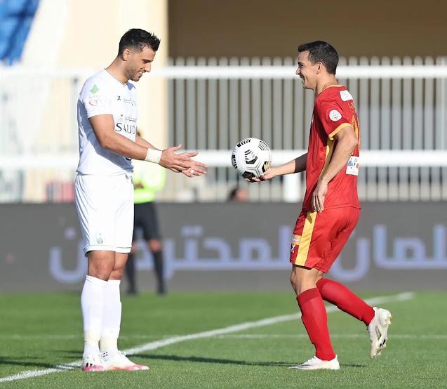 فوز ضمك على الأهلي 4-3 في الدوري السعودي