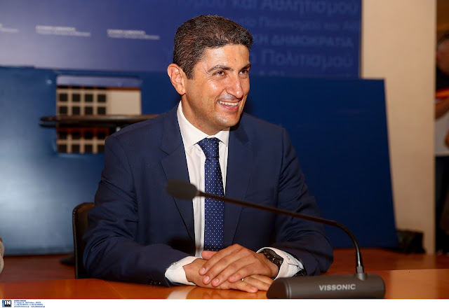 Την απαισιοδοξία του για την έναρξη κι άλλων πρωταθλημάτων, πλην Super League και Basket League, εξέφρασε ο υφυπουργός Αθλητισμού Λευτέρης Αυγενάκης.