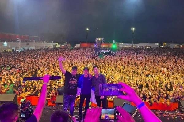 João Gomes, Tarcísio do Acordeon e Vítor Fernandes reúnem 15 mil em show no RN