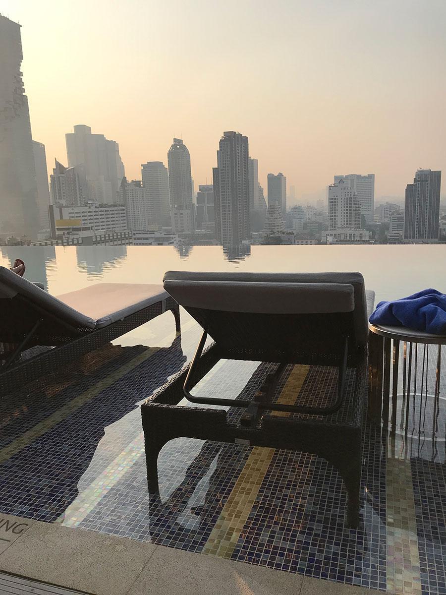 Bangkok Marriott Surawongse infiinity pool