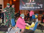 SAMBUT HUT KE - 75 TNI, 150 PERSONEL IKUT DONOR DARAH DI KOREM 172/PWY