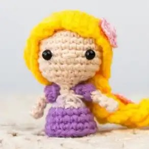 Mini Rapunzel a Crochet