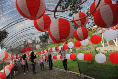 Peringatan HUT Kemerdekaan 17 Agustus, Pengrajin Lampion Merah Putih Banjir Pesanan