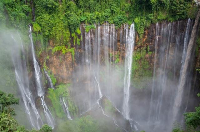 the charm of the Tumpak Sewu waterfall, heaven on the slopes of Semeru