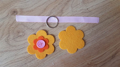 Felt flower key chains tutorial