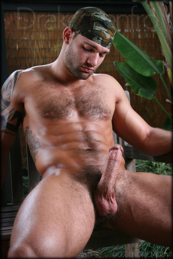 Drake Naked 100