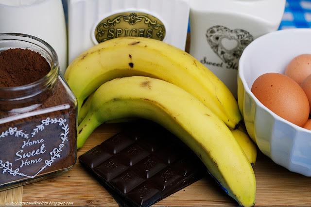 Tort śmietanowo-bananowy