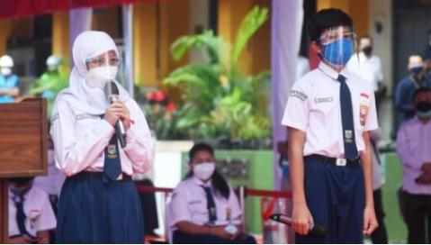 Program Vaksinasi Pelajar , Percakapan Siswa Indonesia Dengan Jokowi : Rindu Belajar Tatap Muka